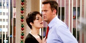 Trouble for Chandler in the season 9 Friends Christmas epsiode