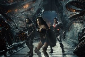 Wonder Woman, Aquaman and Cyborg posing before laying the smackdown to Steppenwolf.
